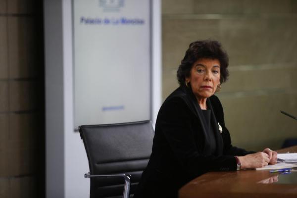 La ministra de Educación, Isabel Celaá, en una rueda de prensa como...