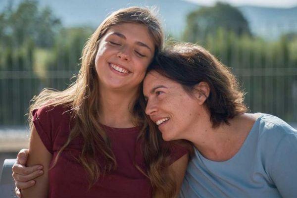 Carmen Arrufat y Laia marull en 'La inocencia', de Lucía Alemany.