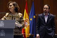 El vicepresidente Pablo Iglesias, en el discurso de la vicepresidenta Carmen Calvo, este lunes, tras su toma de posesión.