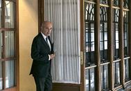 Manuel Chaves, saliendo de la comisión de investigación de la Faffe el 7 de noviembre pasado.