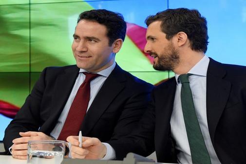 Teodoro García Egea y Pablo Casado, este lunes en la Junta Directiva...