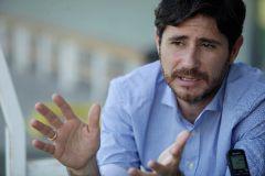 El chantaje sexual en bitcoins al entrenador del Málaga... y las sospechas sobre el 'jeque tieso'