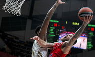 Moscow (Russian Federation).- Mike James (R) of <HIT>CSKA</HIT> Moscow in action against of Jordan Mickey (L) Real Madrid during the Euroleague basketball match between <HIT>CSKA</HIT> Moscow and Real Madrid in Moscow, Russia, 14 January 2020. (Baloncesto, Euroliga, Jordania, Rusia, Moscú) EPA/