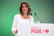 Susana Díaz, durante su comparecencia este jueves en la sede de San Vicente.