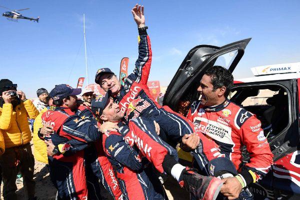 Las imágenes de la celebración de Carlos Sainz