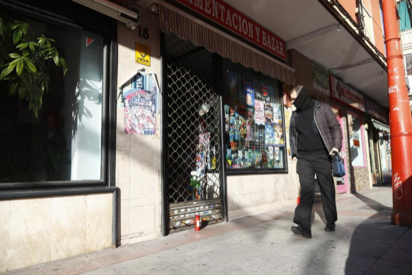 La tienda que regentaba la comerciante apuñalada.