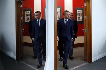 Iván Redondo resta poder al Ministerio: explica él a los funcionarios cómo será la subida salarial