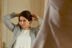 Ayuso 'de Arabia', la 'provocación' de una mujer a pelo descubierto entre jeques