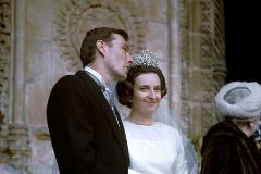 Doña Pilar lució la tiara rusa en su boda con Luis Gómez-Acebo. Años después Don Juan Carlos se la compró para el joyero real.