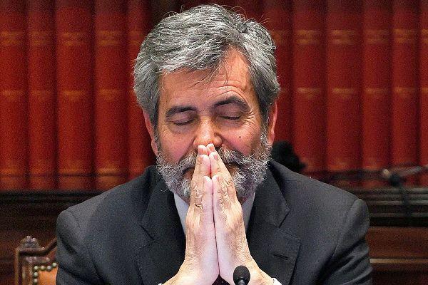 El presidente del Consejo General del Poder Judicial, Carlos Lesmes,...