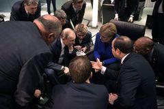 La ONU logra en Berlín forjar un acuerdo para respetar el embargo de armas
