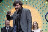 """GRAF4562. BARCELONA, 19/01/2020.- El director Carlos Marqués-Marcet recibe el Premio <HIT>Gaudí</HIT> a la mejor película por """"Els dies que vindran"""", esta noche durante la entrega de los XII Premis <HIT>Gaudí</HIT> que concede la Academia del Cine Catalán, hoy domingo en Barcelona."""