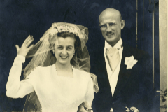 Paco Bultó e Inés Sagnier, abuelos de Tarradas, el día de su boda.