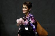 La presidenta navarra, María Chivite, a su llegada al Parlamento regional.
