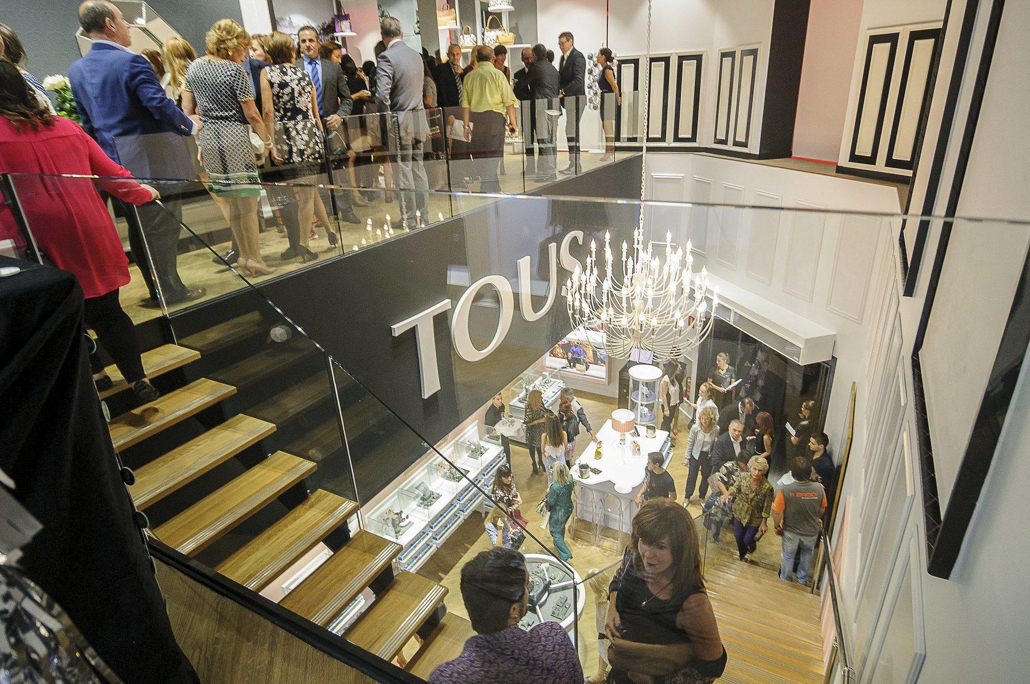 Inauguración de una tienda Tous