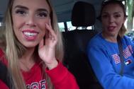 Danna y Maribe, las 'youtubers' valencianas criticadas por lanzar magdalenas desde su coche a los sintecho.