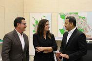José Luis Zaragosí, Sandra Gómez y Anil Murthy.