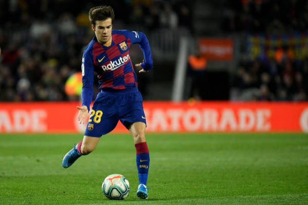 Riqui Puig en un partido del FC Barcelona