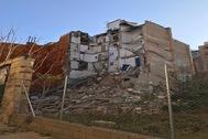 El edificio que se ha venido abajo este martes en el centro de Alcoy