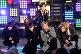 Los miembros de BTS durante un concierto en Nueva York