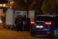 La Policía interviene tras uno de los últimos crímenes perpetrados en Marbella.