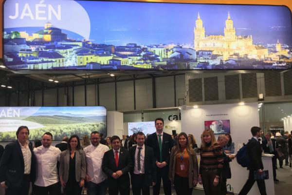 Jaén muestra en Madrid su naturaleza, patrimonio y la gastronomía del aceite de Oleotour