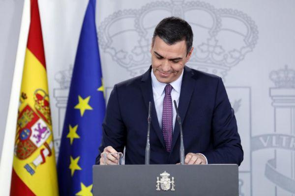 Cuatro golpes de efecto de Sánchez en ocho días: SMI, pensiones, funcionarios y presupuestos de género