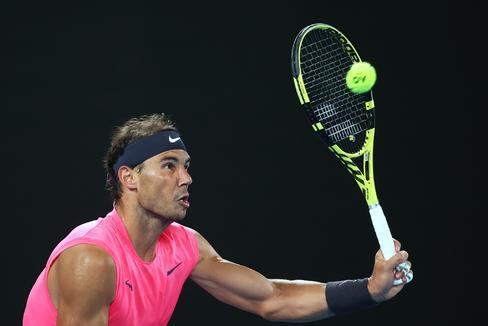 Nadal termina con un batallador Delbonis y espera a Carreño en tercera ronda