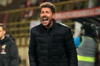 Diego Pablo Simeone, durante el partido ante la Cultural.