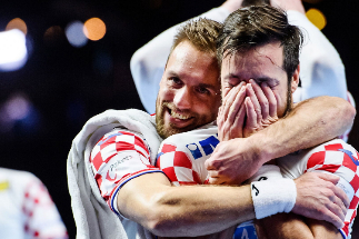 Stockholm (Sweden).- Croatian players celebrate after wnning the semi final match between Norway and <HIT>Croatia</HIT> at the Men's European <HIT>Handball</HIT> Championship in Stockholm, Sweden, 24 January 2020. (Balonmano, Croacia, Noruega, Suecia, Estocolmo) EPA/ SWEDEN OUT