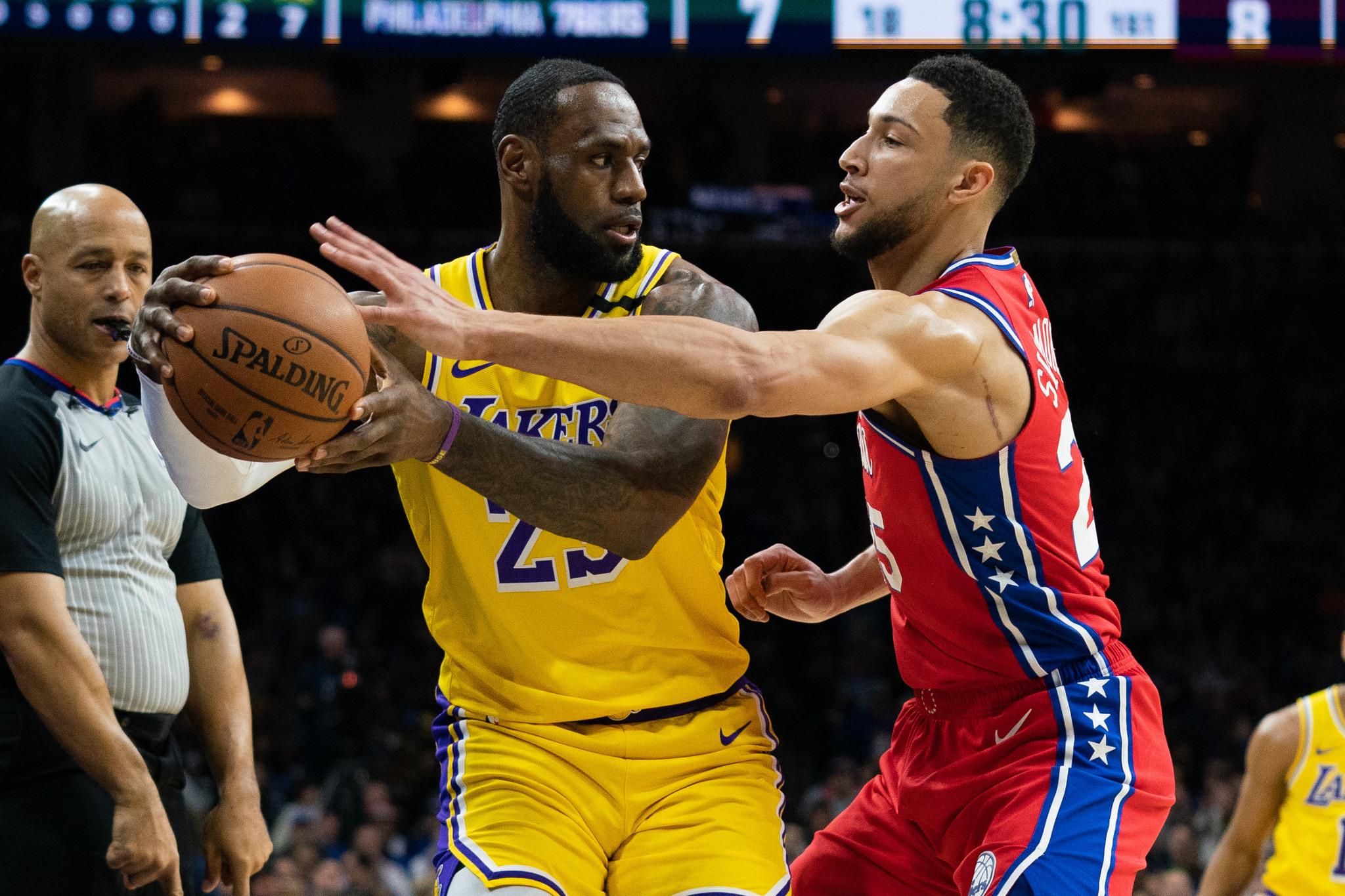 LeBron James supera a Kobe Bryant como tercer máximo anotador
