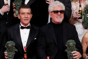 El cine español lleva a la gloria el dolor de Pedro Almodóvar