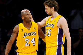 Kobe Bryant y Pau Gasol, durante su etapa en los Lakers.