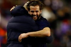 Un gol de Nacho en Valladolid hace feliz a un sólido líder
