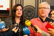 El alcalde de Valencia, Joan Ribó, junto a la vicealcaldesa, Sandra Gómez.