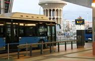 Un autobús de la EMT, en Plaza de Castilla.