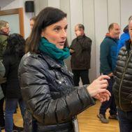 La alcaldesa de Santander, Gema Igual, conversa con vecinos