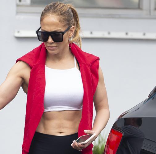 La actriz fotografiada a la salida del gimnasio en Miami.