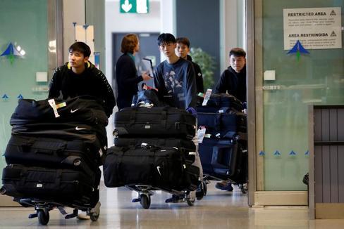El equipo de fútbol de Wuhan llega a España sin síntomas del coronavirus chino