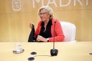 La ex alcaldesa Manuela Carmena, en la sala de prensa de Cibeles