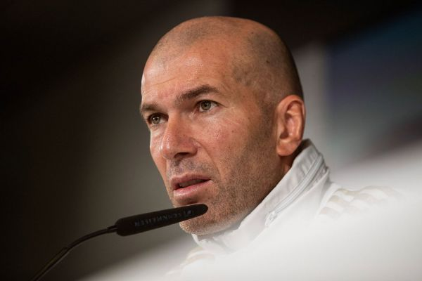 GRAF038. MADRID.- El entrenador del Real Madrid, Zinedine...