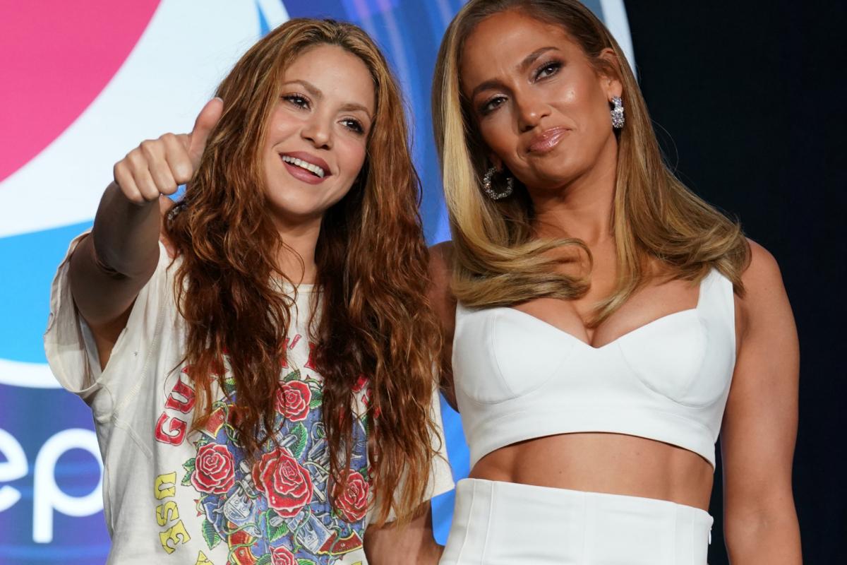 Shakira y Jennifer López actúan en el descanso de la Super Bowl 2020