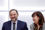 El ministro de Transportes, José Luis Ábalos, y la presidenta del PSOE, Cristina Narbona, en la reunión del Comité Ejecutivo Federal del partido.