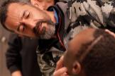 Muere en un avión el niño al que Cavadas extirpó un tumor más grande que su cabeza