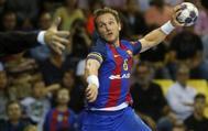 Víctor Tomás, durante un partido con el Barcelona.