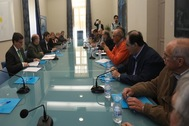 Representantes de la Diputación de Alicante reunidos, ayer, en el Palacio Provincial.