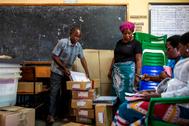 Recuento electoral en las pasadas elecciones en Mzuzu (Malawi).