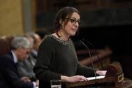 Mireia Vehí, diputada de la CUP, durante el debate de investidura de Pedro Sánchez.