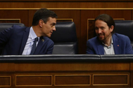 Pedro Sánchez y Pablo Iglesias, en un pleno del Congreso.