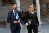 Damià Calvet y Elsa Artadi llegan juntos a una reunión del Govern de Cataluña en enero de 2019.